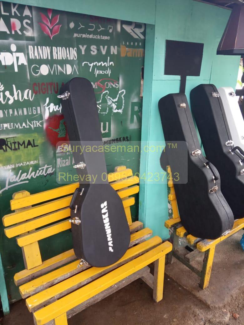 lokasi pembuatan box hardcase gitar custom berlapis fiber berkualitas suryacaseman.com